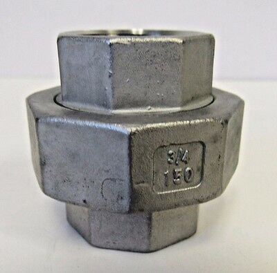 NEW LOT OF 10 PCS 1//2 INCH FNPT STRAIGHT COUPLING 304 STAINLESS STEEL #150 NIB