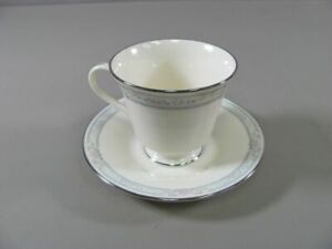 Lenox-China-CHARLESTON-Cup-amp-Saucer-Set-s-Multiples-Available-EXCELLENT