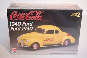 Vintage-1940 Ford Coupe-Plastic-Model-kit-NOS-never-opened-still-sealed