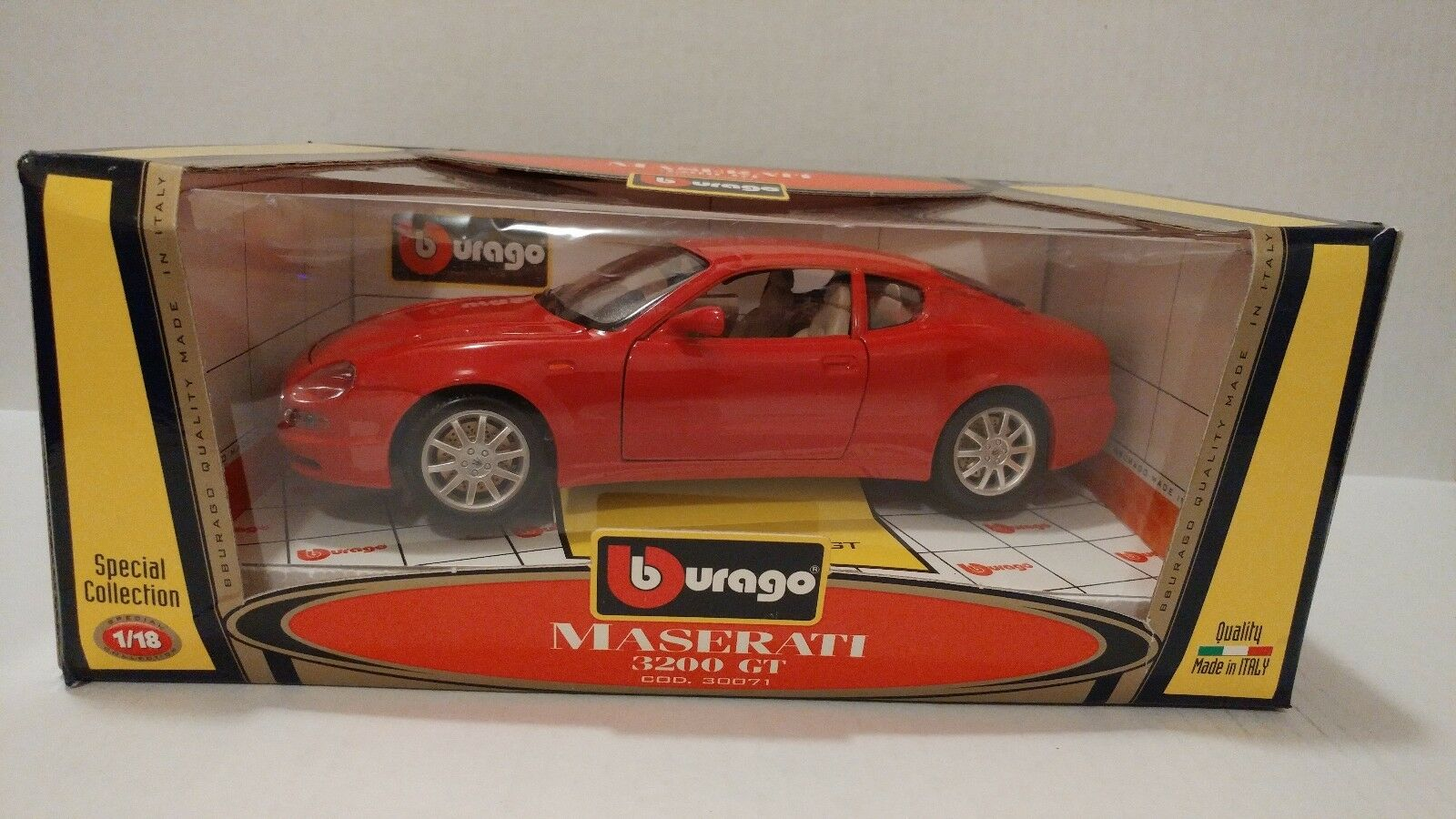 BURAGO - MASERATI 3200 GT RED 1 18  3071