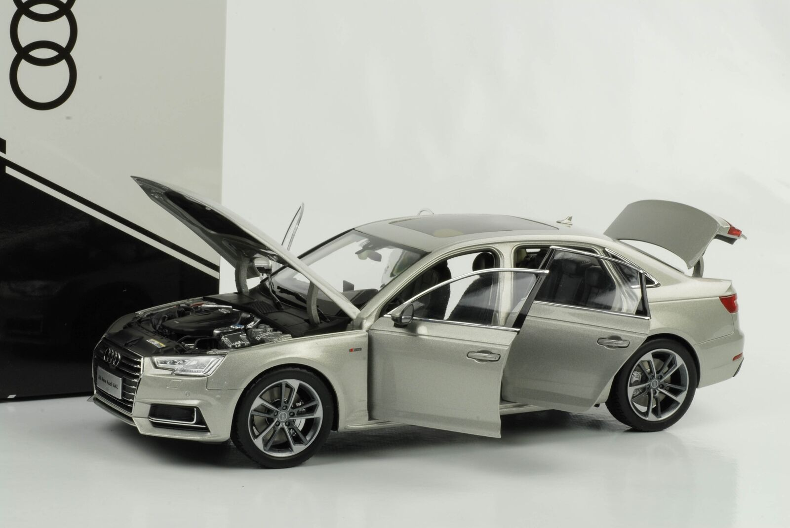 AUDI 2017 a4 L quattro extended for Cina ARGENTO 1:18 commercianti Edition