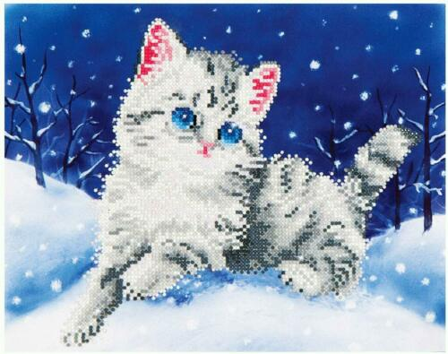 DIAMOND DOTZ Embroidery Facet Art 5D Painting Beads KITTEN IN THE SNOW