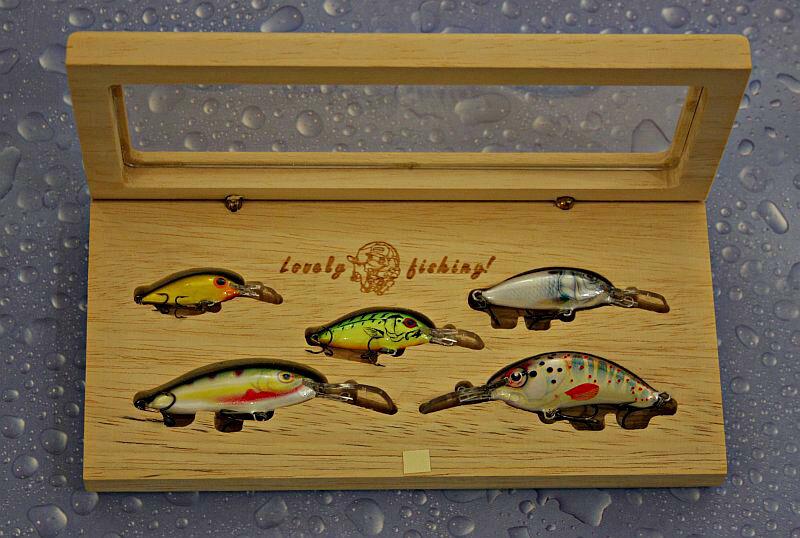 Gift Set for fishing,5 balsa lures, Luxury designed samba wood gift box