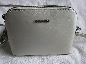 NEU-CHARM-Handtasche-Henkeltasche-Umhaengetasche-klassisch-silber