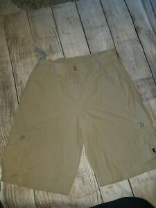 Under-Armour-Golf-Boys-Youth-Beige-Tan-Loose-Fit-Cargo-Shorts-Size-XL-youth
