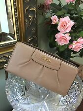 New Coach Wallet Ashley Pleated Gold Leather Zip Gold # 48102 MSRP $248 W1