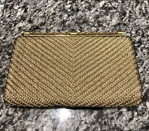 GUCCI-1970-s-Gold-Woven-Metal-Clutch-Bag