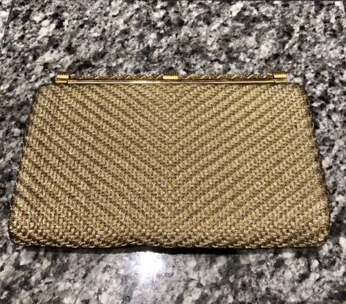GUCCI 1970's Gold Woven Metal Clutch Bag - image 1