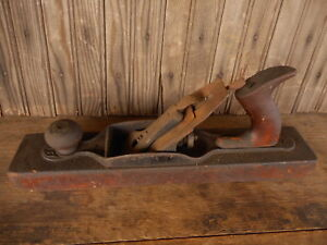 Antique-Bailey-Wood-Plane-Planer-Carpentry-Woodworking-found-in-antique-box