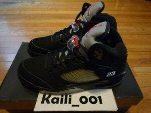 81823dc9dc5599 Nike Air Jordan 5 Retro Size 12 Black Metallic 136027-004 2007 B