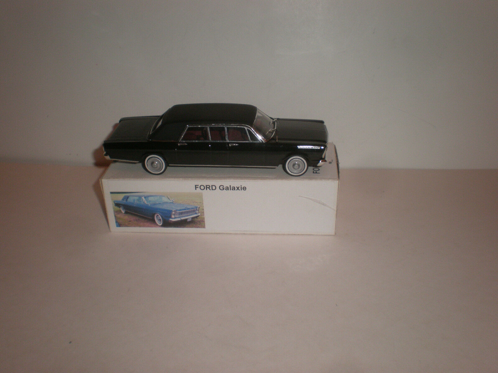 1/43 2018 Ford Galaxie limitada Stretch Limousine/hecho a mano