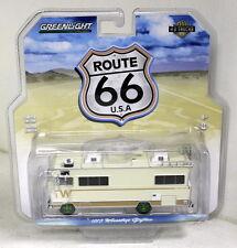 Greenlight 1/64 Scale 1973 Winnebago Chieftain Motor Home Green Wheels Chase Car