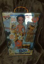 BRATZ Boyz Boy Doll SUN-KISSED SUMMER Cade w/ Towel Surfboard Outfits MGA 2004