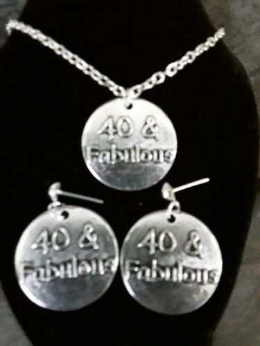 40/& fabulous necklace and matching stud earrings silver plated 18 inch chain