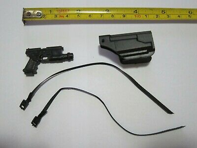 "1//6 SCALE ACCESSORY HANDGUN PISTOL /& HOLSTER FOR A 12/"" FIGURE #C8"