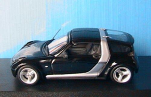 Smart roadster coupe 2003 black silver minichamps 1//43 black silver schwarz