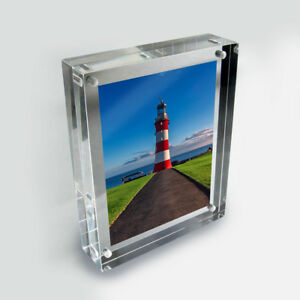 beautiful freestanding polished clear acrylic magnetic picture photo frame stand ebay. Black Bedroom Furniture Sets. Home Design Ideas