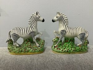 Antique-English-Staffordshire-Porcelain-Pair-of-Zebra-Figurines-Statues