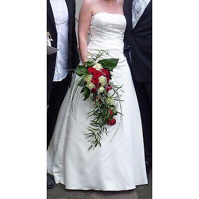 Hochzeitskleid/Brautkleid A-Linie mit Perlen bestickt