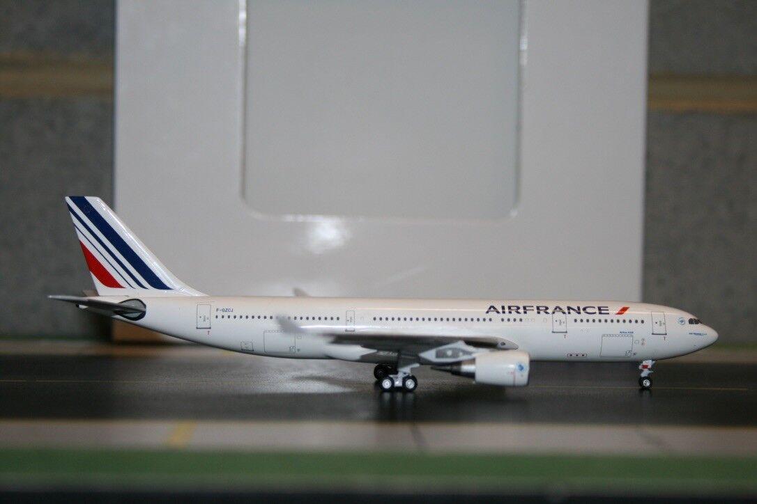 Aeroclasseics 1 400 Air France Airautoautobus A330-200 F-GZCJ (ACFGZCJ) Die-Cast modellolo