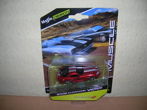 Maisto-Design-Muscle-2008-Dodge-Viper-SRT-10-rouge-red-1-64