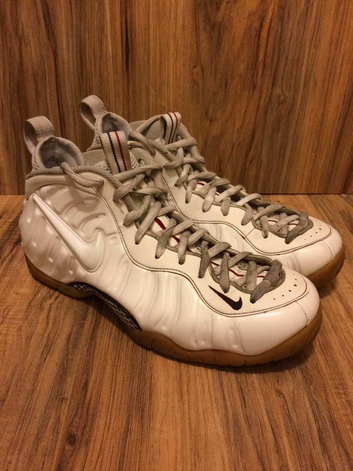 RARE Nike Air Foamposite Pro White Red Green Sz 10.5 624041-102 Cucci