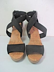 Pair Of Black Strappy American Eagle Platform Sandals 4