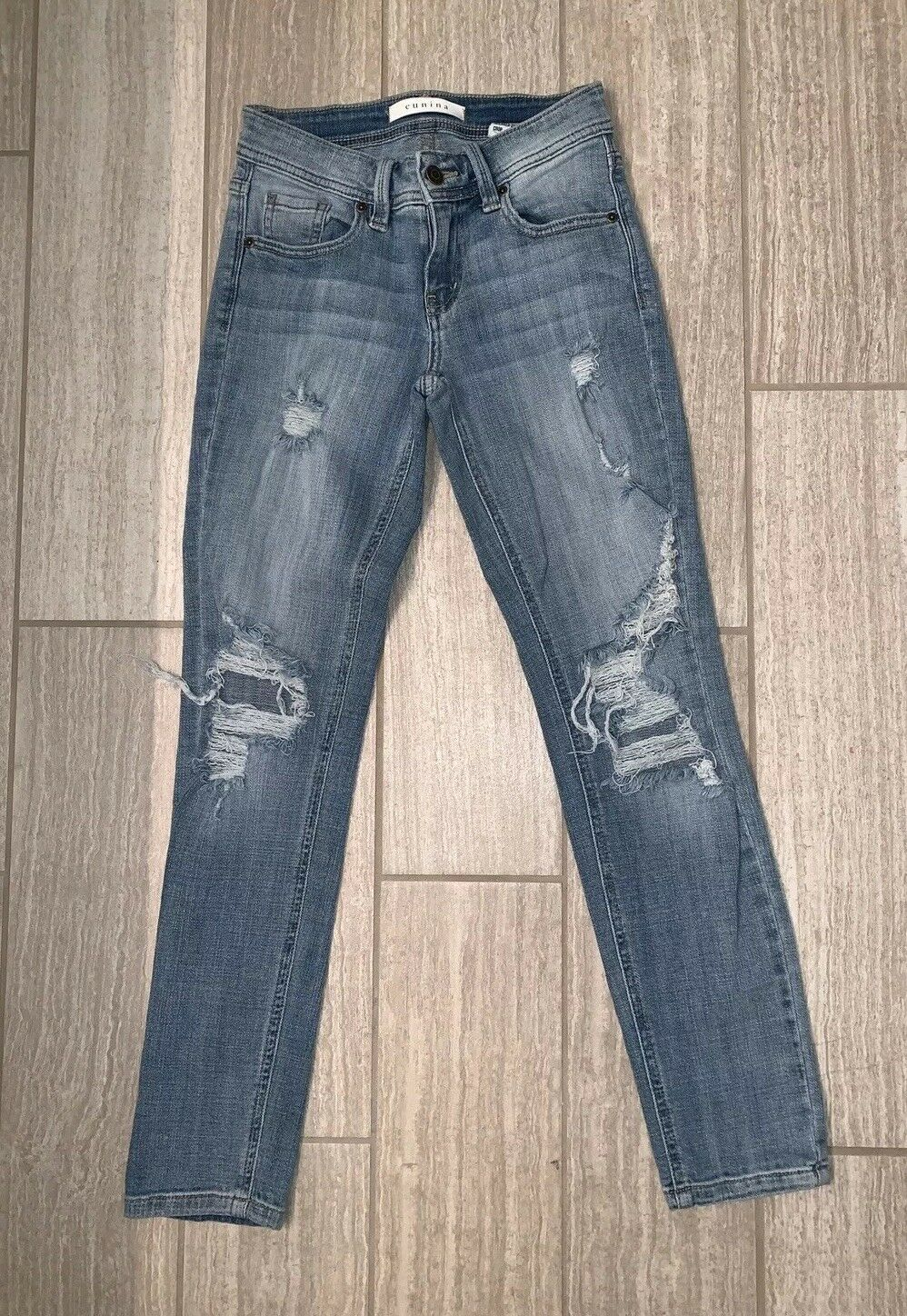 Eunina Mid Rise Destroyed Relaxed Skinny Fit Jeans - Sz 0