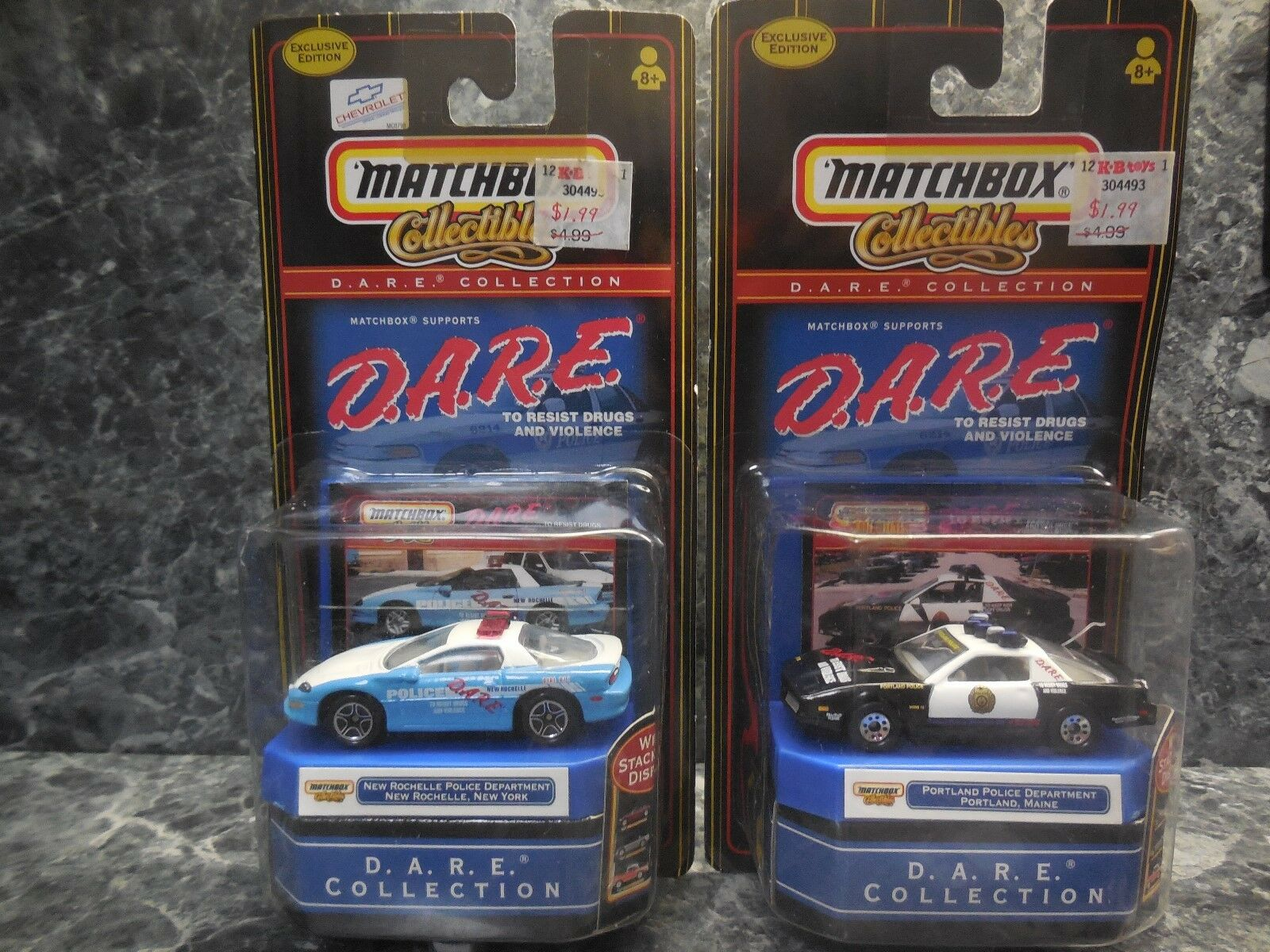 2 1999 matchbox dare police cars  new rochelle ,n.y.  portland, maine police