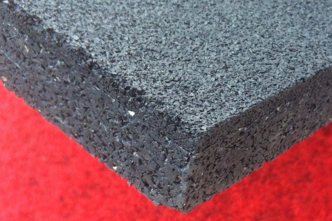 Pavimento in gomma per palestre, crossfit, zone pesi
