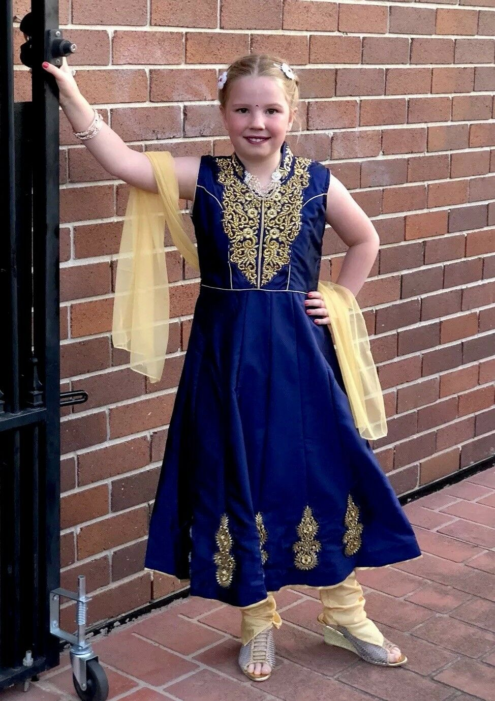 "32"" Size 9 To 10 Age Girls Salwar Kameez Indian Dress Kids Bollywood bluee A41"