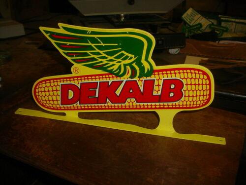 Dekalb MAILBOX TOPPER-Winged Ear