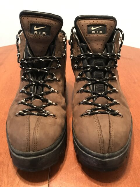vintage  90s Nike ACG Hiking Boots Mens Trail Size 12 Leather Vtg Spell out