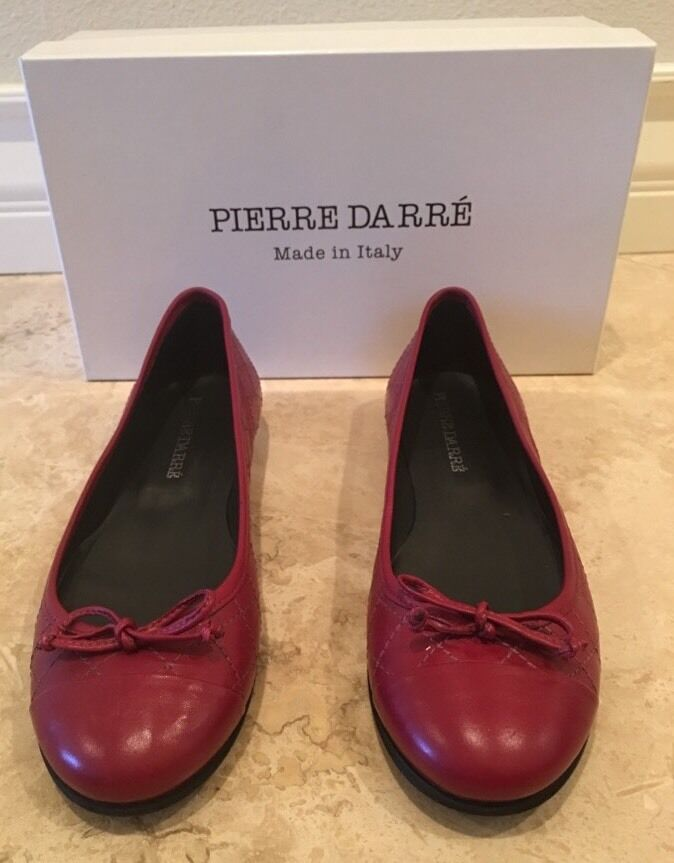 PIERRE DARRÉ Red Quilted Leather Capped Toe Ballet Flats Bows 39 Italy NEW BOX!