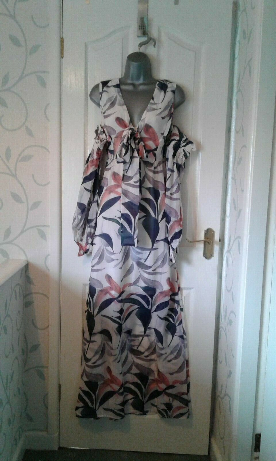 BNWT LADIES DESIGNER BEAUTIFUL LOST INK CREAM FLORAL LONG  DRESS SIZE 8