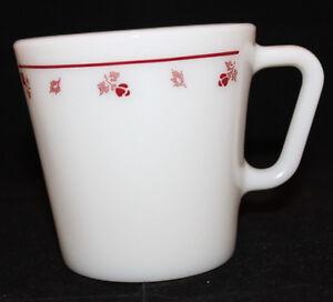 Corning Corelle Pyrex Burgundy Rose Milk Glass Coffee Mug Cup 300ml USA Oven (A)