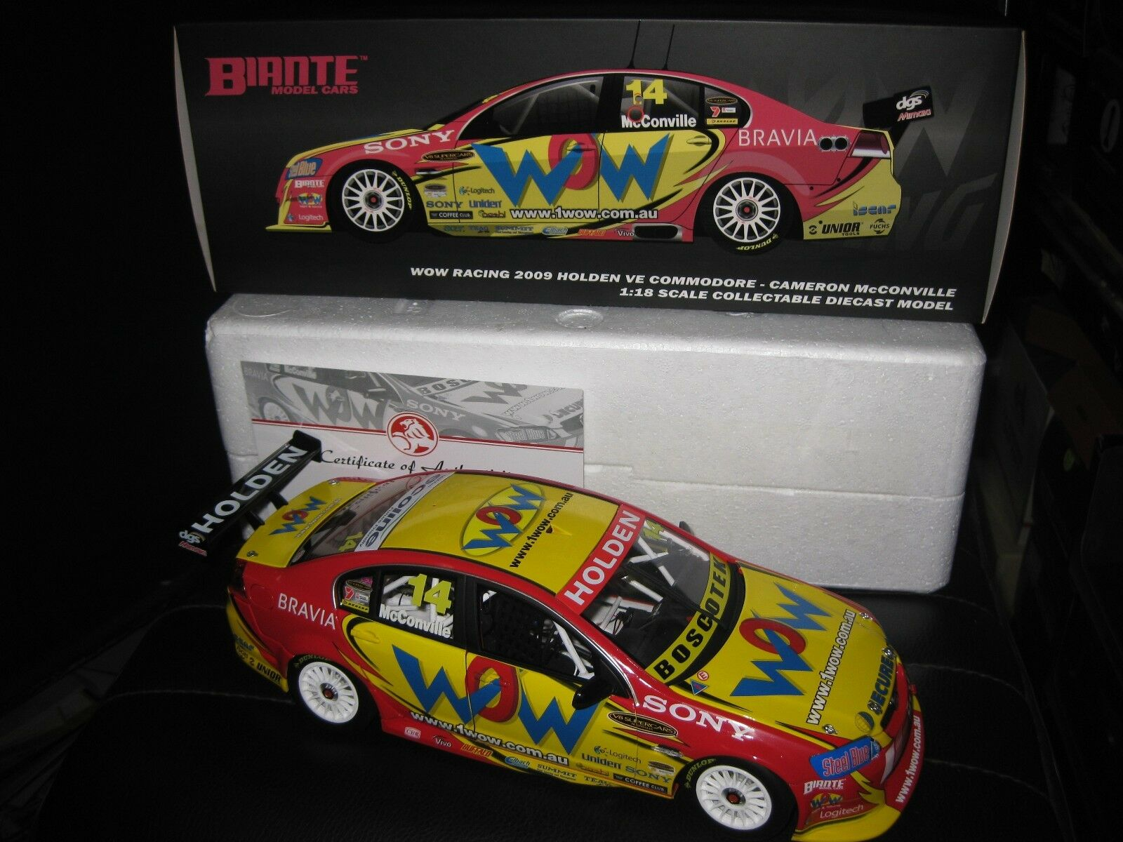 BIANTE 1 18 HOLDEN COMMODORE VE CAMERON McCONVILLE  WOW 2009 V8 SUPERCAR