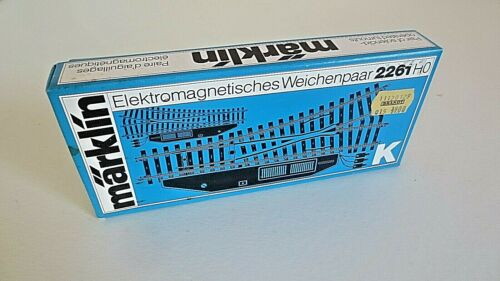 märklin H0 2261 K Weichen R//L elektromagnetisches Weichenpaar Vollprofil OVP NEU