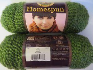1-sk-Homespun-yarn-378-OLIVE-Lion-Brand-textured-5-bulky-dye-lot-126809-green