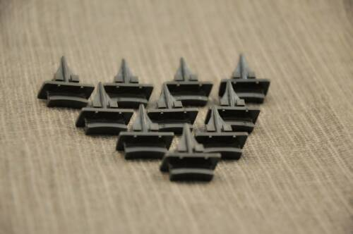 10X FORD CAR WINDSCREEN WINDSHIELD MOUNTING 14MM CLIPS