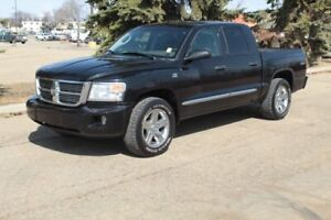 2010 Dodge Dakota 4WD CREWCAB SLT Accident Free,  Leather,  Heated Seats,  A/C,