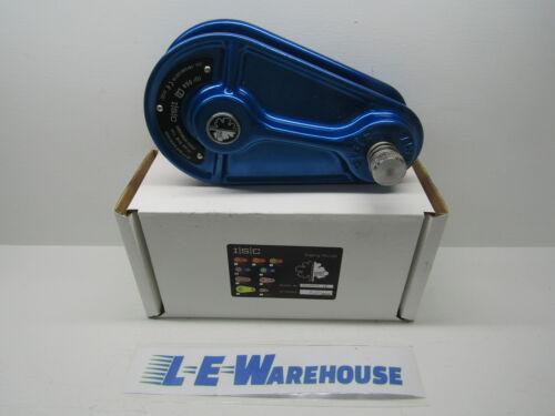 BLUE W//ORANGE WHEEL MED CAST 150 kN //WLL 6600 LBS ISC PULLEY 16MM ROPE
