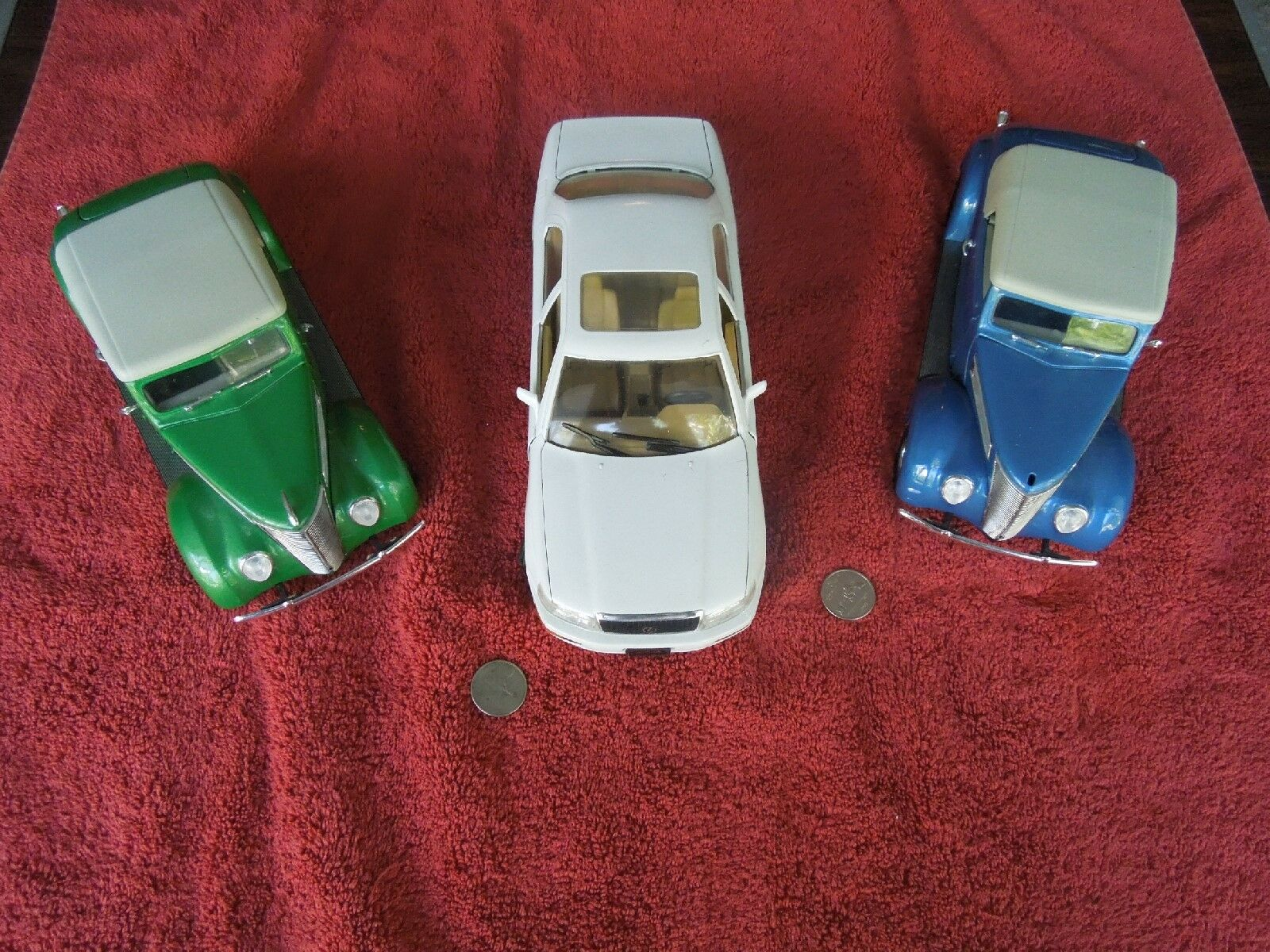 Two Road Signature 1 18 DieCast '37 Ford Congreen., 1 Green,1 bluee w tops + Lexus