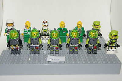 Lego 6 New White Minifigures Utensil Cheerleader Pom Pom Dark Green Top Pattern