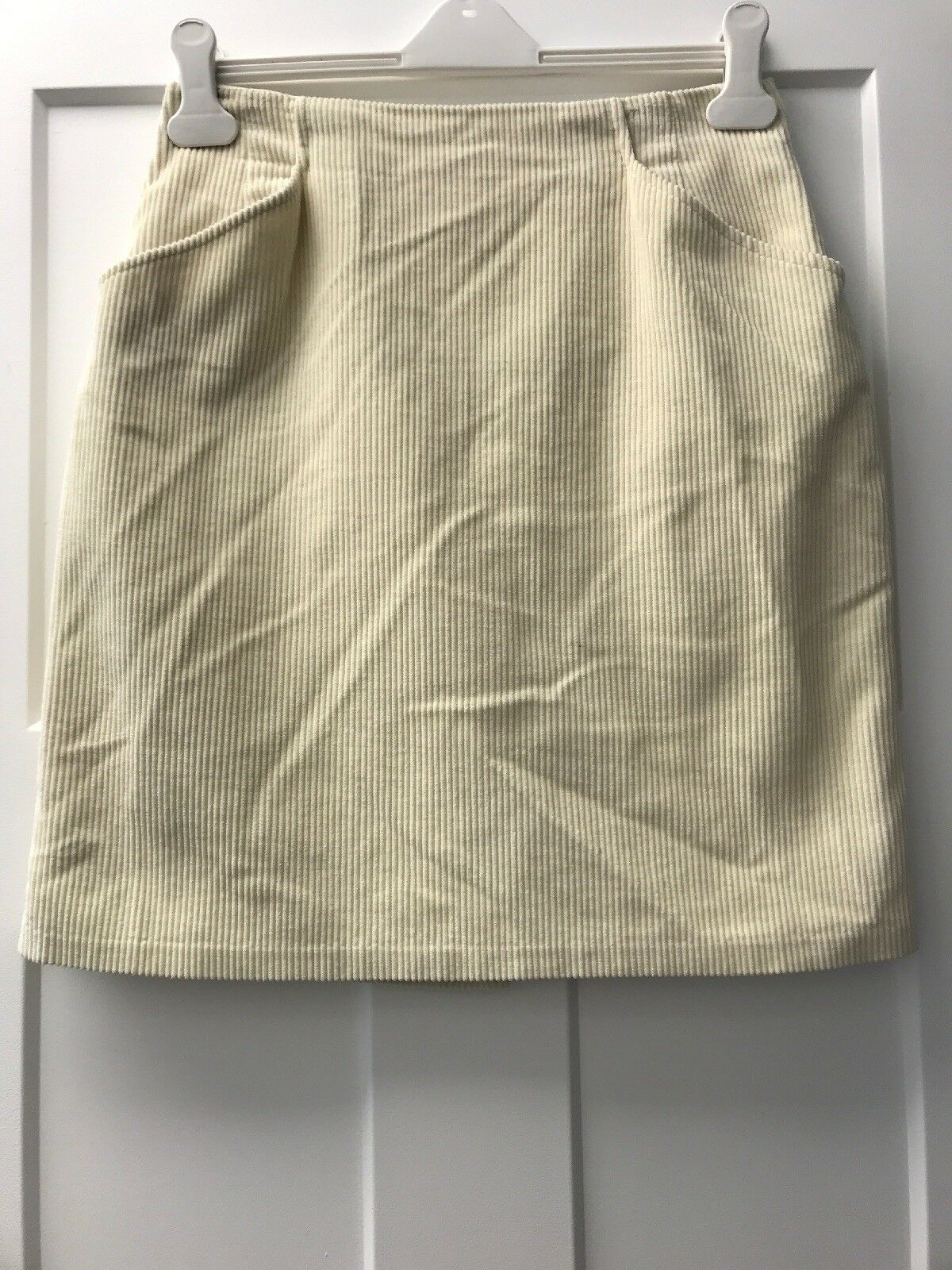 Vintage Laura Ashley Corduroy Skirt With Pockets Ivory 10