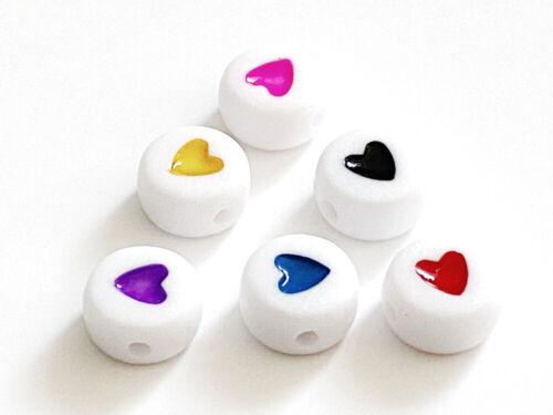 Loch ca.1,2mm 30 Acryl Perlen weiss mit Herz Farbmix 7x3,5mm