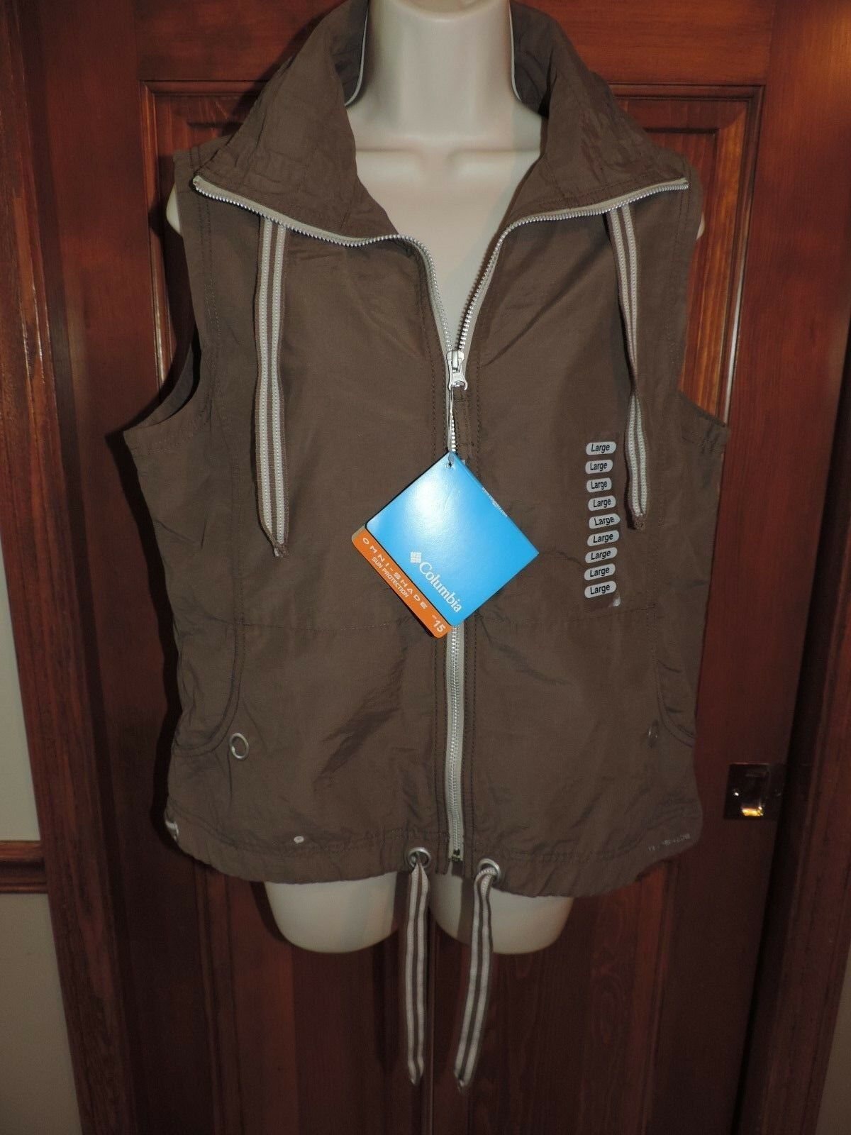 COLUMBIA Omni-Shade Cotton New with tags Zip Front Outdoors Vest Women's Size L