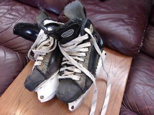 Women-039-s-Ice-Skates-Genuine-Mission-Hockey-Skates-Size-7-Black