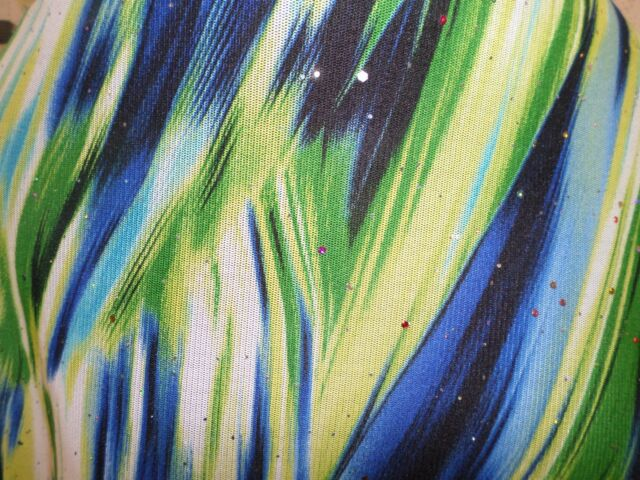 1  yd  print  foil  mesh fabric  good weight no stretch J5994