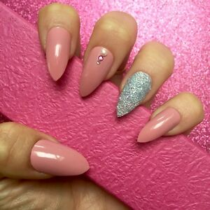 Acrylic nails designs with glitter